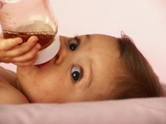 Как давать укропную воду новорожденному?