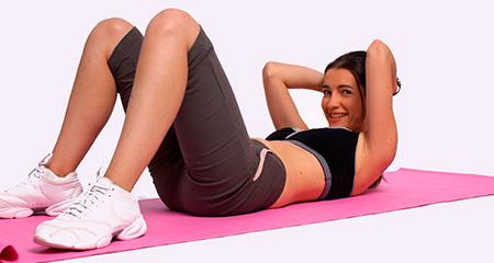Какие упражнения делать после родов, чтобы убрать живот