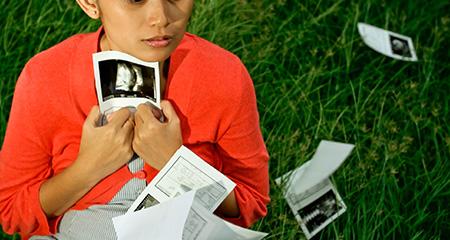 Выделения на ранних сроках беременности: норма и отклонения