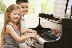 Задачи музыкального воспитания детей