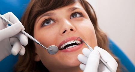 Как лечить зубы во время беременности?
